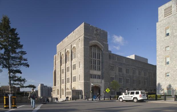 Bartlett Hall Science Center